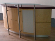 bespoke-reception-desk-3_0.jpg